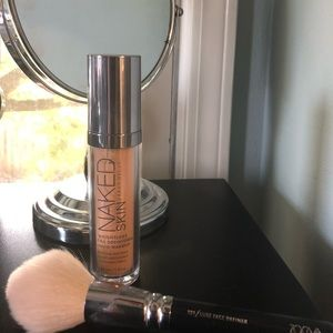 Urban Decay Naked Foundation in shade 3.0